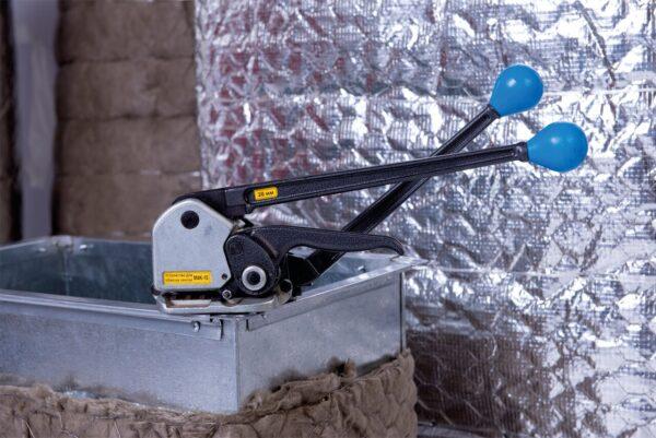 Устройство для монтажа стальной ленты